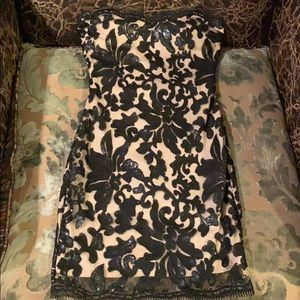 Dresses & Skirts - Sexy mini laced sequence dress size Small